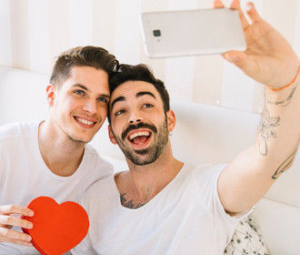 Grindr Complete Review for Daters Looking for Perfect Love Adventures